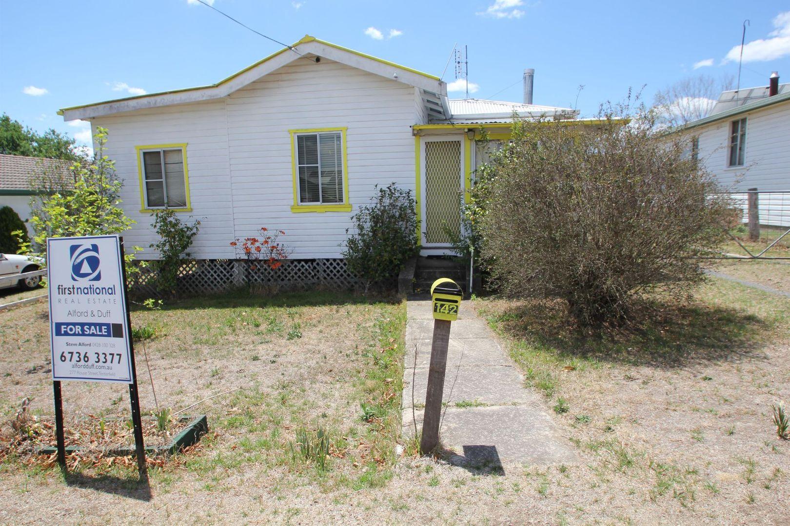 142 Petrie Street, Tenterfield NSW 2372, Image 0