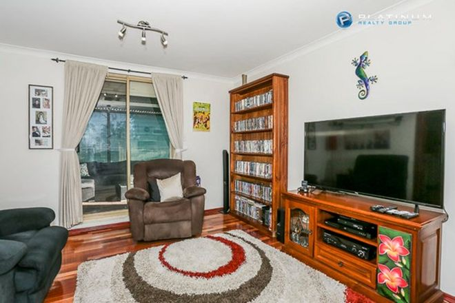 Picture of 6 Topeka Place, WANNEROO WA 6065