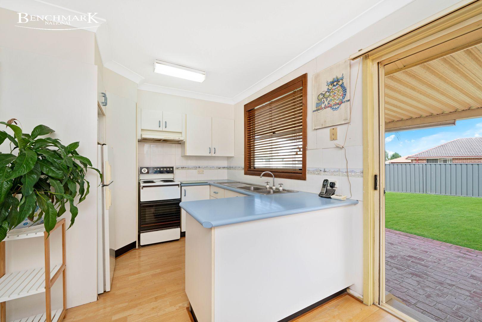 7 Aitape Place, Holsworthy NSW 2173, Image 1