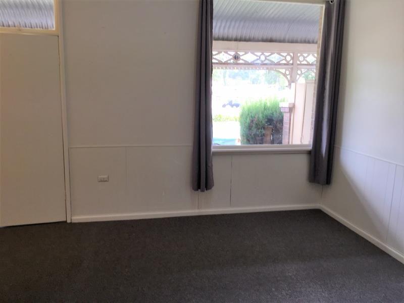 2/1 Edward Street, Mittagong NSW 2575, Image 2