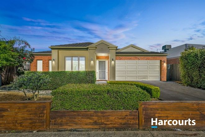 Picture of 11 Els Court, BERWICK VIC 3806