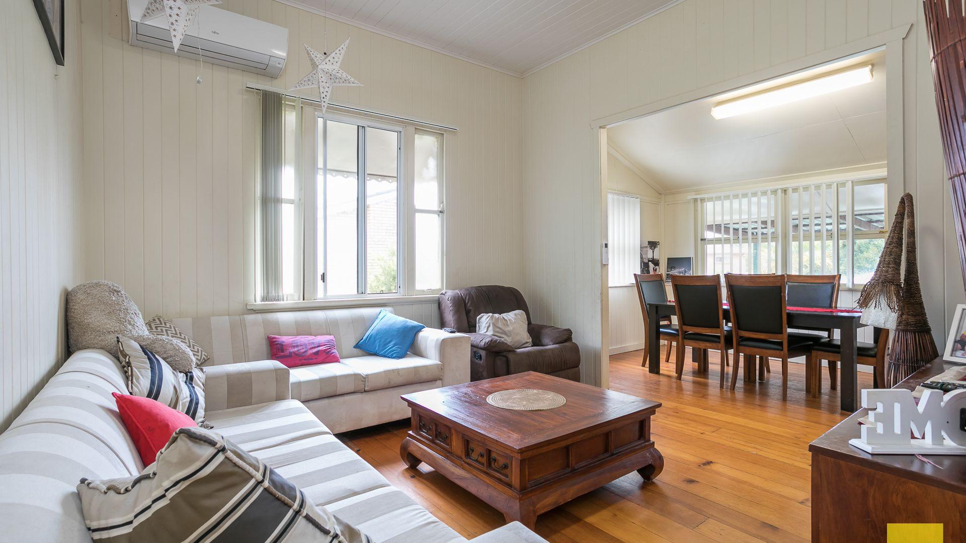 44 Weinam Street, Redland Bay QLD 4165, Image 2