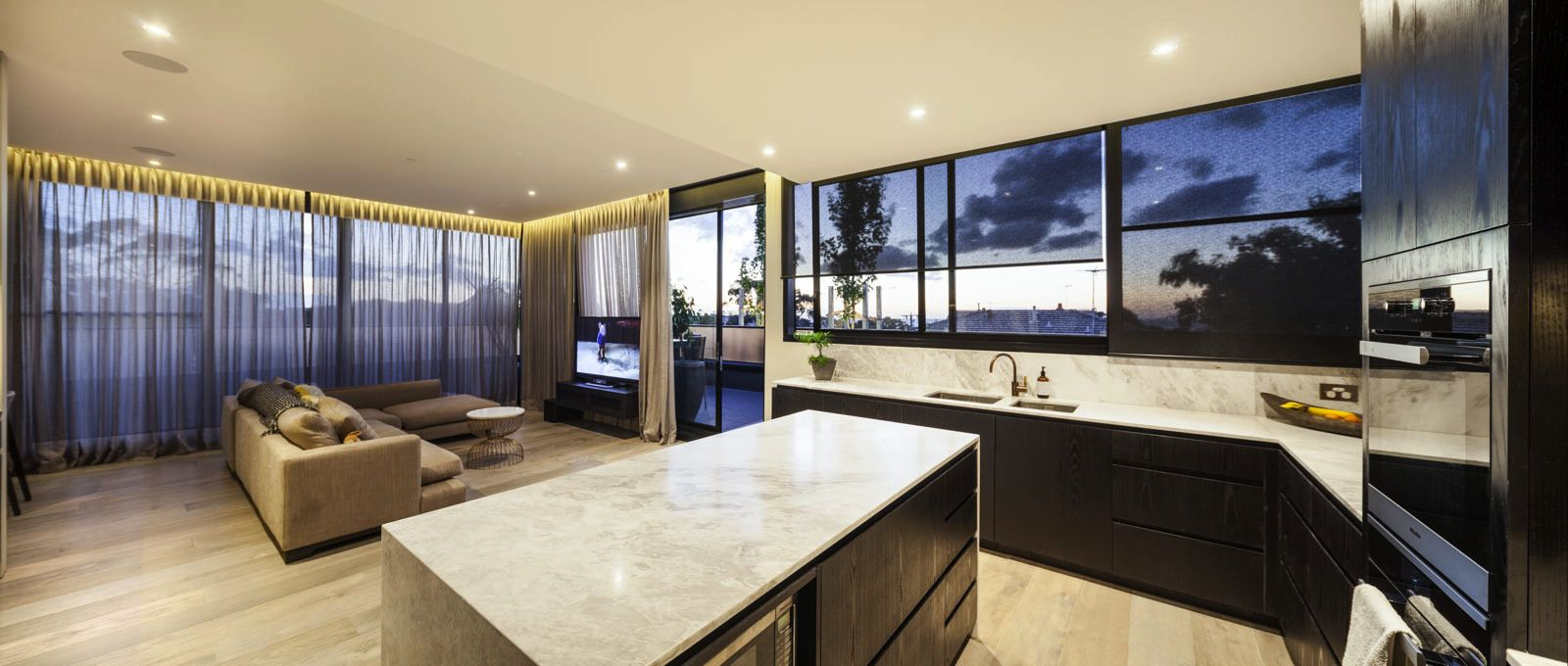 Penthouse 201/43 Willis St, Hampton VIC 3188, Image 1