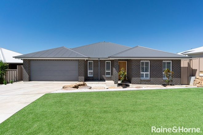 Picture of 1/75 Brindabella Drive, TATTON NSW 2650