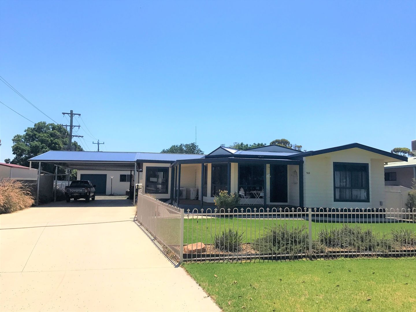 513 Clay Street, Hay NSW 2711, Image 0