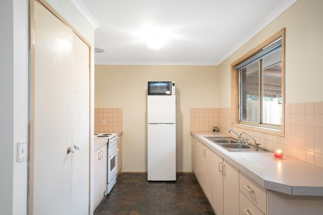 Picture of 8 Karlovac Court, BELL PARK VIC 3215