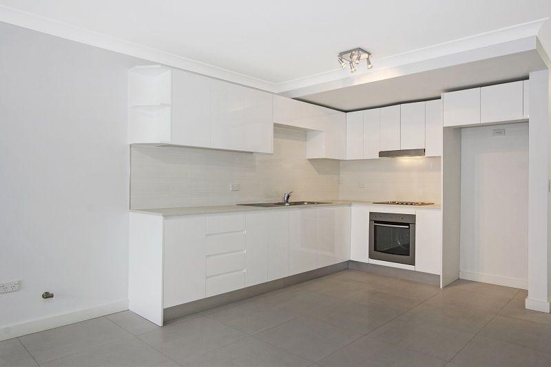 1/32 Tallawong Avenue, Blacktown NSW 2148, Image 1