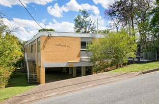 Picture of 1/11 Greenlaw Street, Indooroopilly QLD 4068