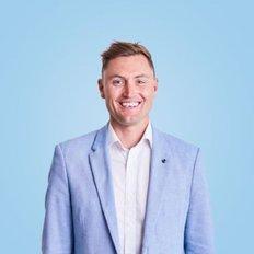 Levi Turner, Sales representative