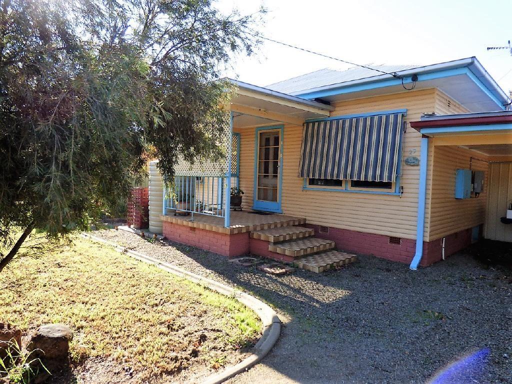 27 Williams Avenue, Cootamundra NSW 2590, Image 0