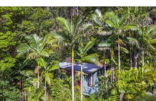 5 Kinabalu Drive, Tamborine Mountain QLD 4272