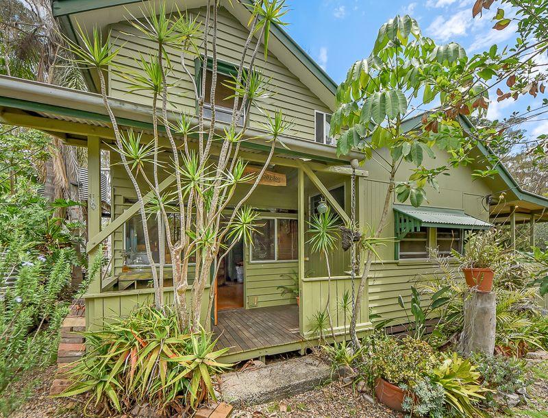4 Benson Road, Mount Nebo QLD 4520, Image 0
