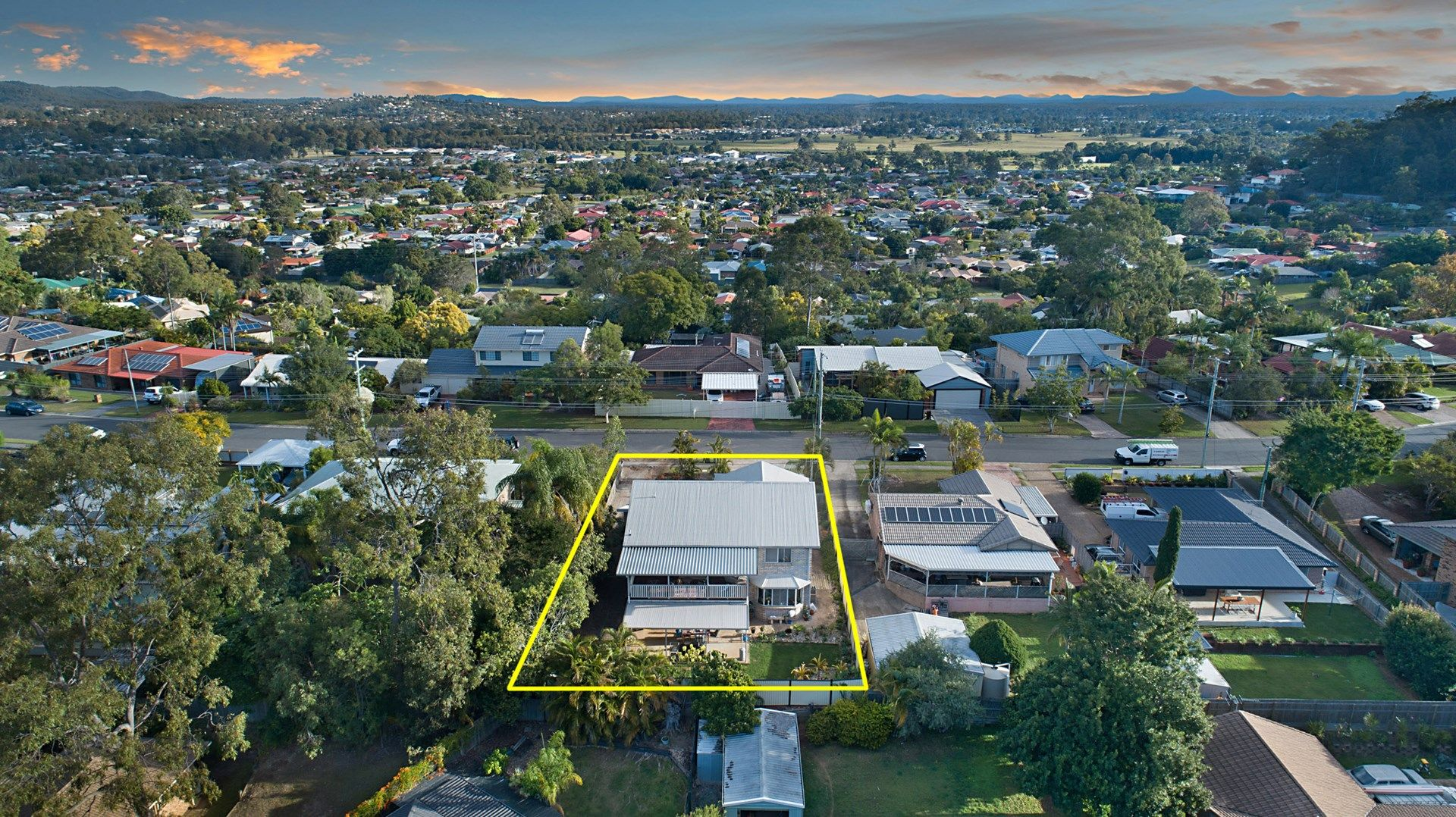 26 Cowra Street, Tanah Merah QLD 4128, Image 1