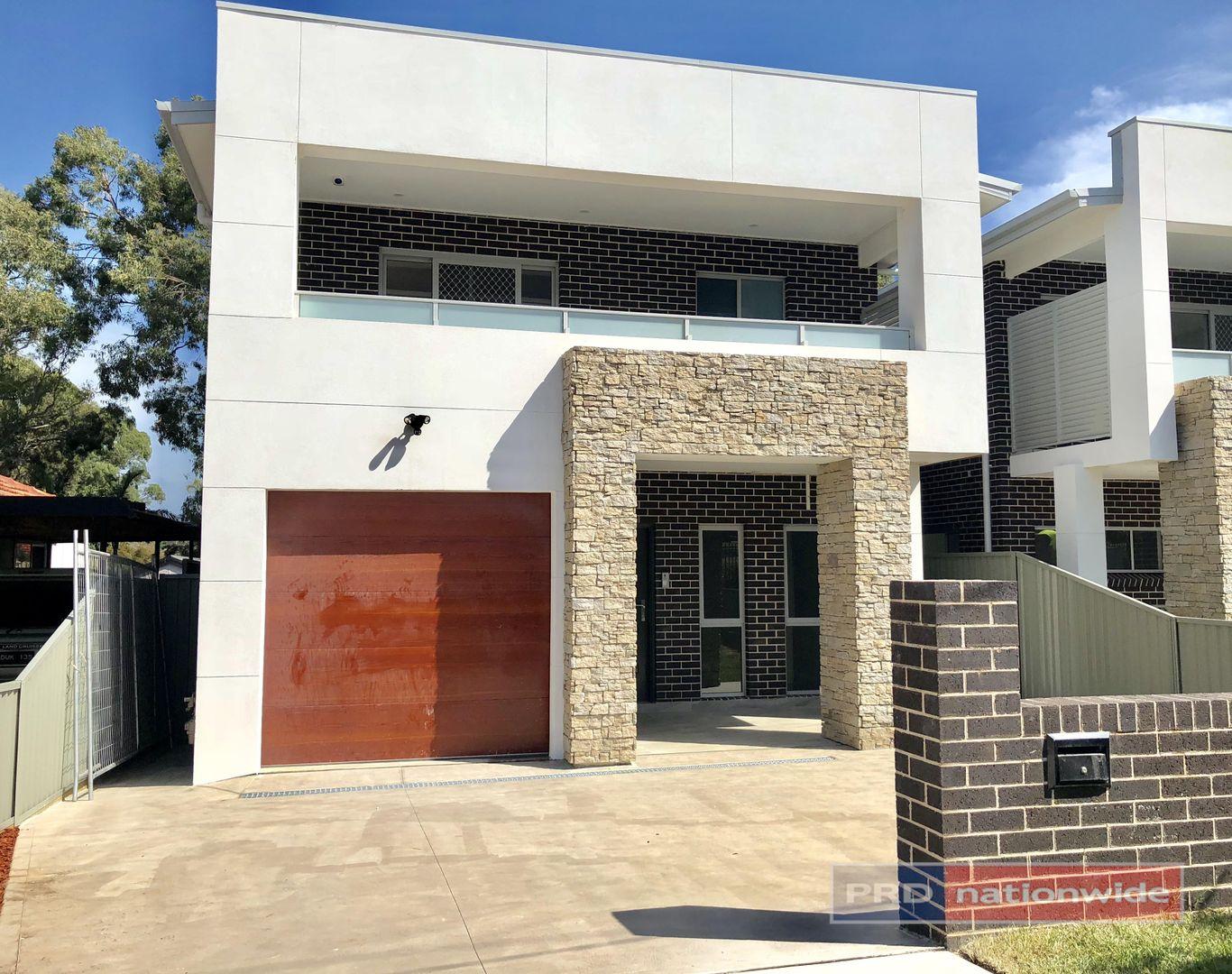 5 Singleton Avenue, East Hills NSW 2213, Image 0