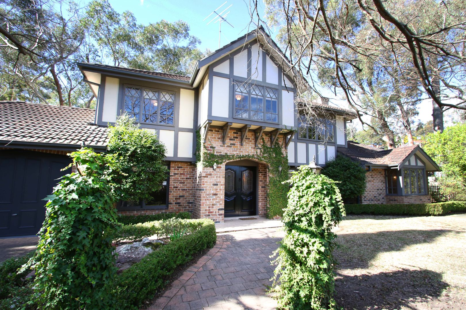 7 Valley View Close, Roseville NSW 2069, Image 1