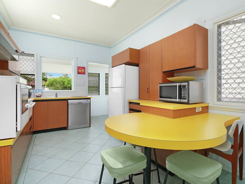 17 Pallaranda Street, Tarragindi QLD 4121, Image 2