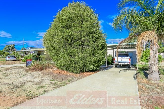 Picture of 15 Russell Road, BUREKUP WA 6227