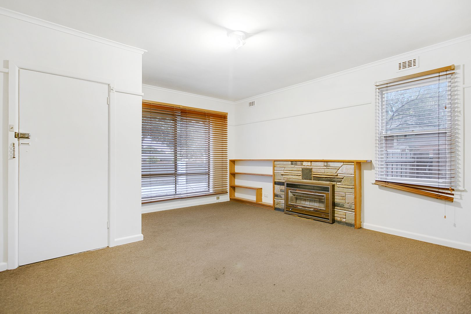 245 Frankston Dandenong Road, Frankston North VIC 3200, Image 2