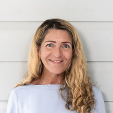 Janice Cameron, Sales representative