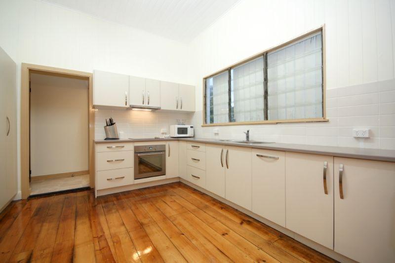 Camp Hill QLD 4152, Image 2