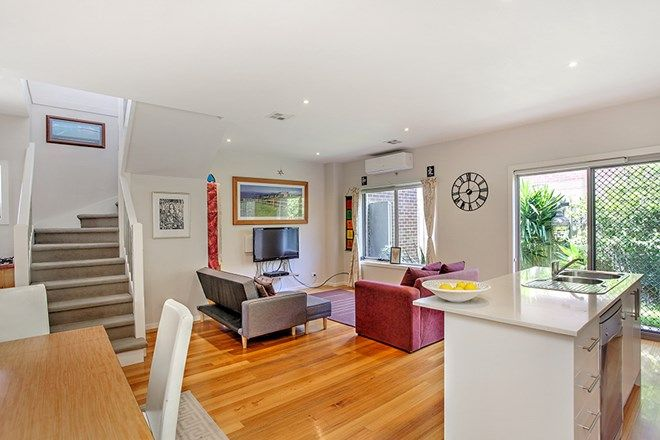 Picture of 2/5 Watson Street, SOUTH KINGSVILLE VIC 3015
