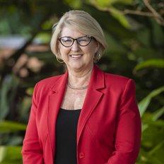 Sue Dewar, Licensed Real Estate Agent