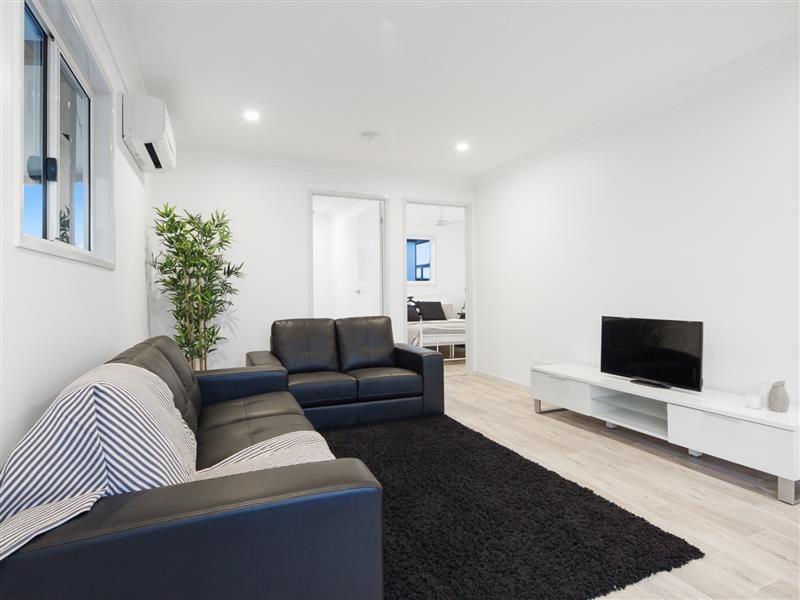 2/34 Main Street, Lowood QLD 4311, Image 1