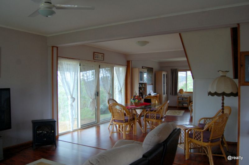 330 Stretton Drive, Blackbutt QLD 4314, Image 1