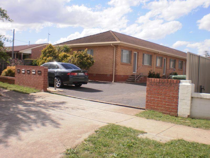 1/11 Morton Street, Queanbeyan NSW 2620, Image 0
