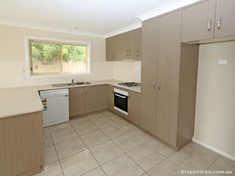 3/15 The Boulevarde, Kooringal NSW 2650, Image 0