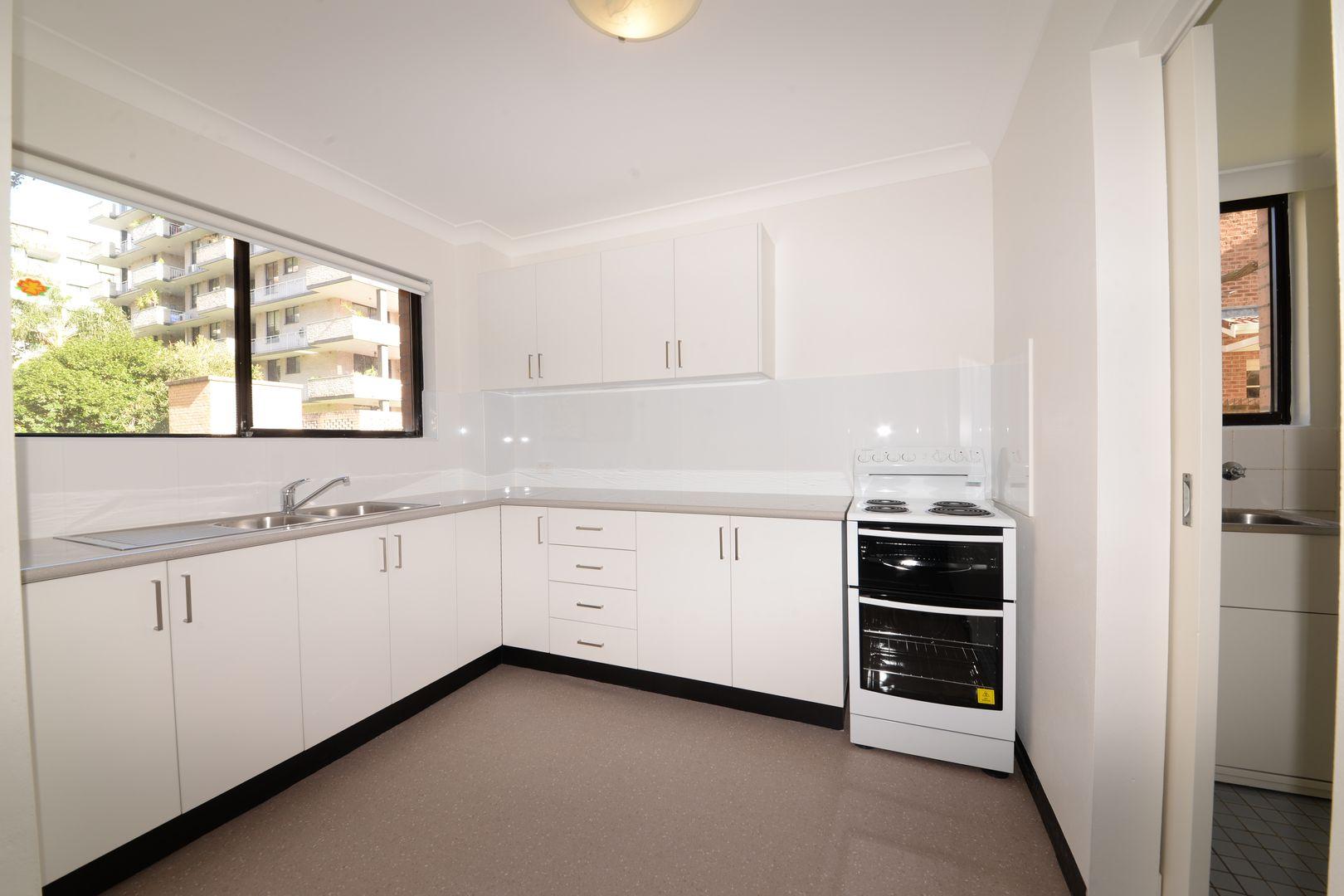 21/10-14 Gordon Street, Brighton-Le-Sands NSW 2216, Image 2