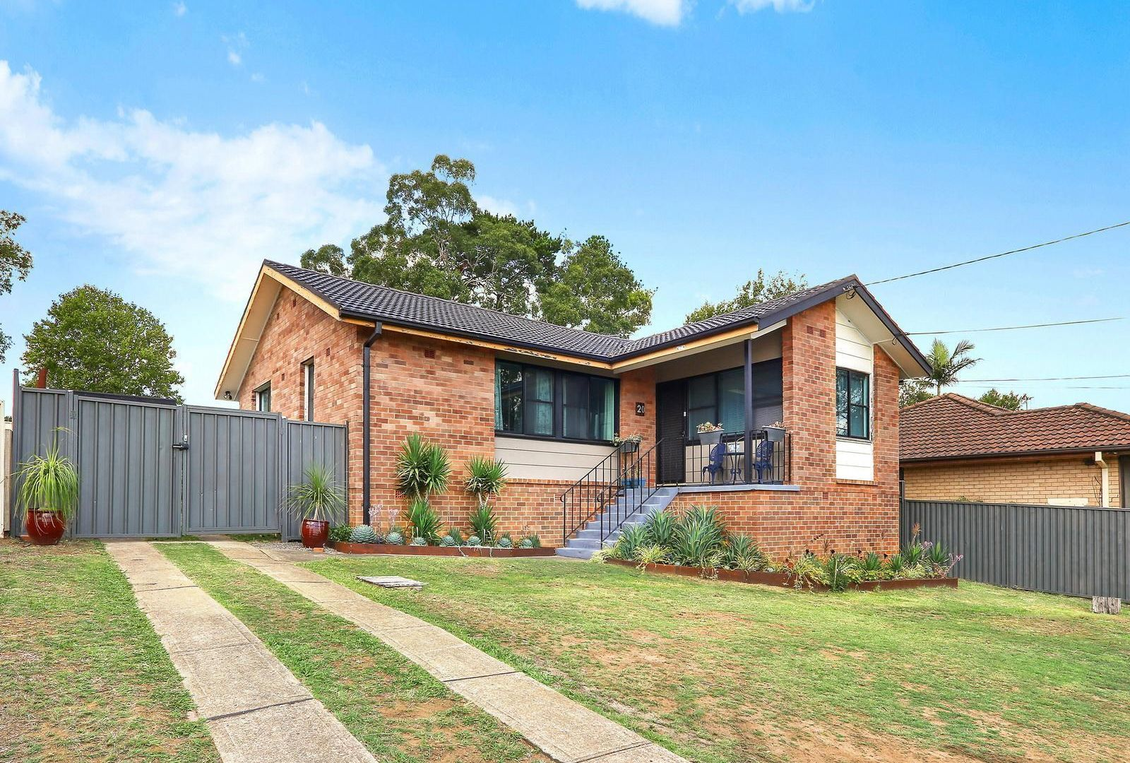 20 Corben Avenue, Moorebank NSW 2170, Image 2
