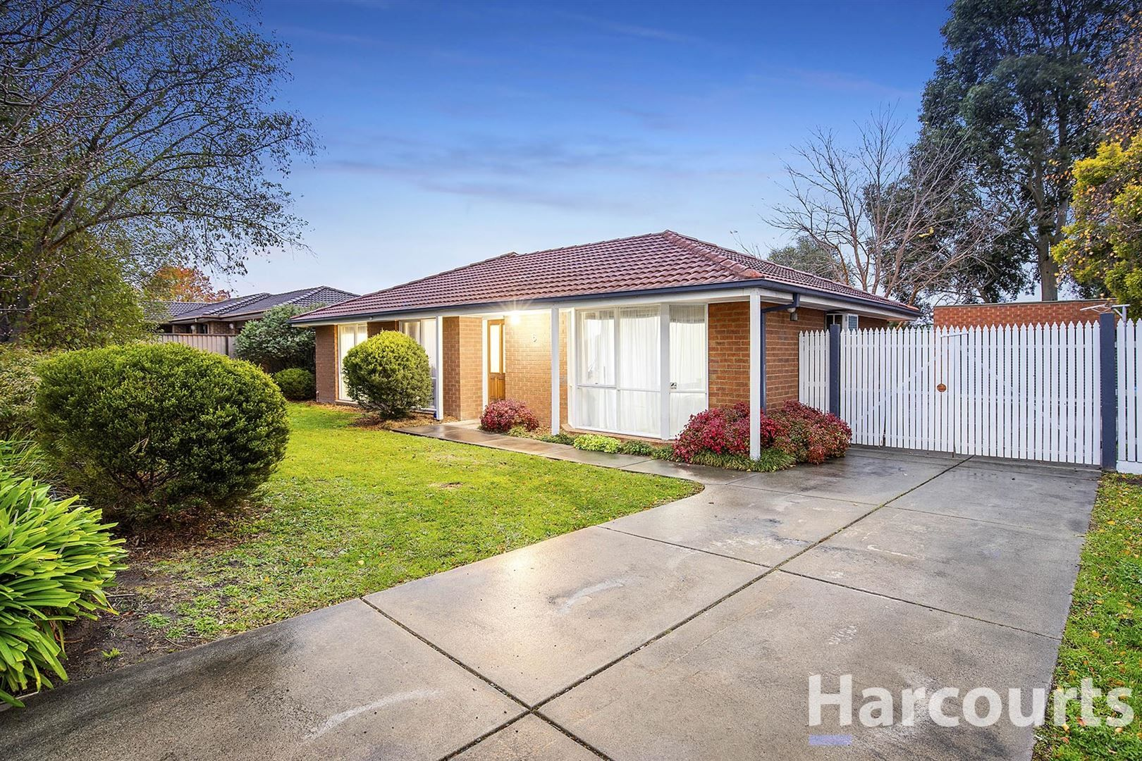 6 Rendcomb Street, Kilsyth South VIC 3137, Image 1
