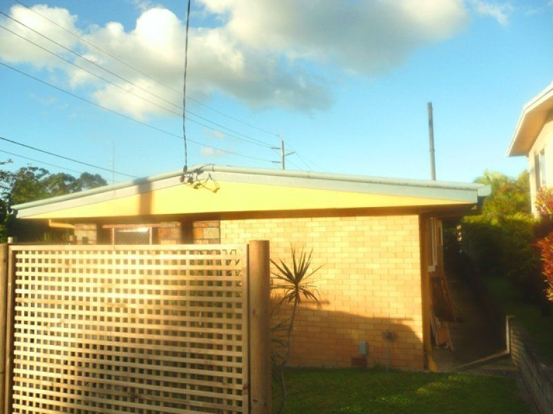 1 Orana Avenue, Southport QLD 4215, Image 2