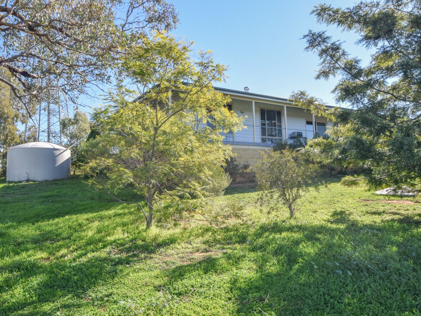7 Donges Road, Young NSW 2594, Image 1