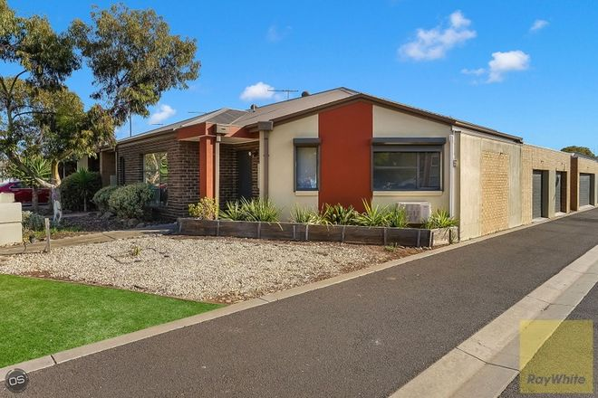 Picture of 2/21 Larson Avenue, TARNEIT VIC 3029