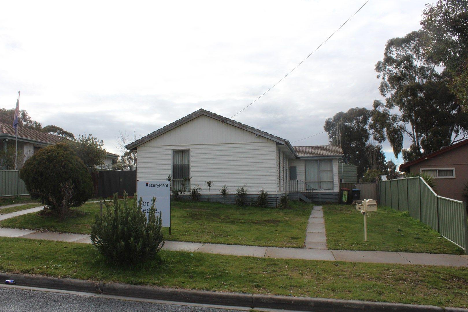 35 Truscott Avenue, California Gully VIC 3556, Image 0