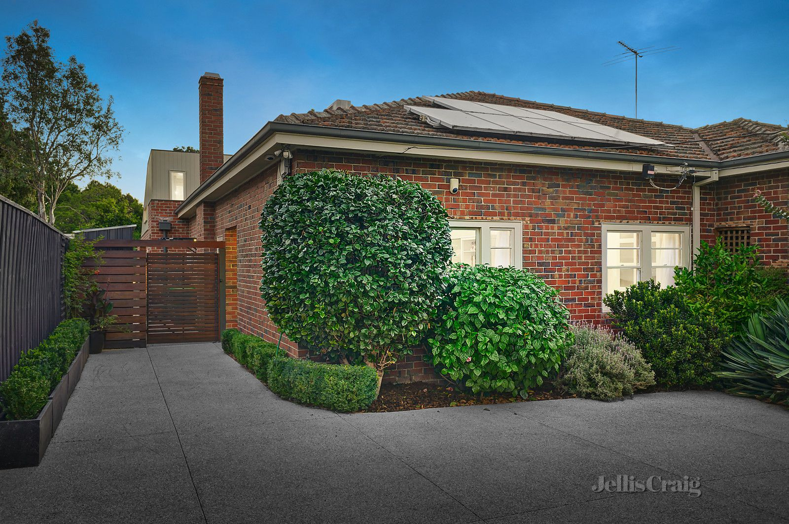 15a Trevascus Street, Caulfield South VIC 3162, Image 0