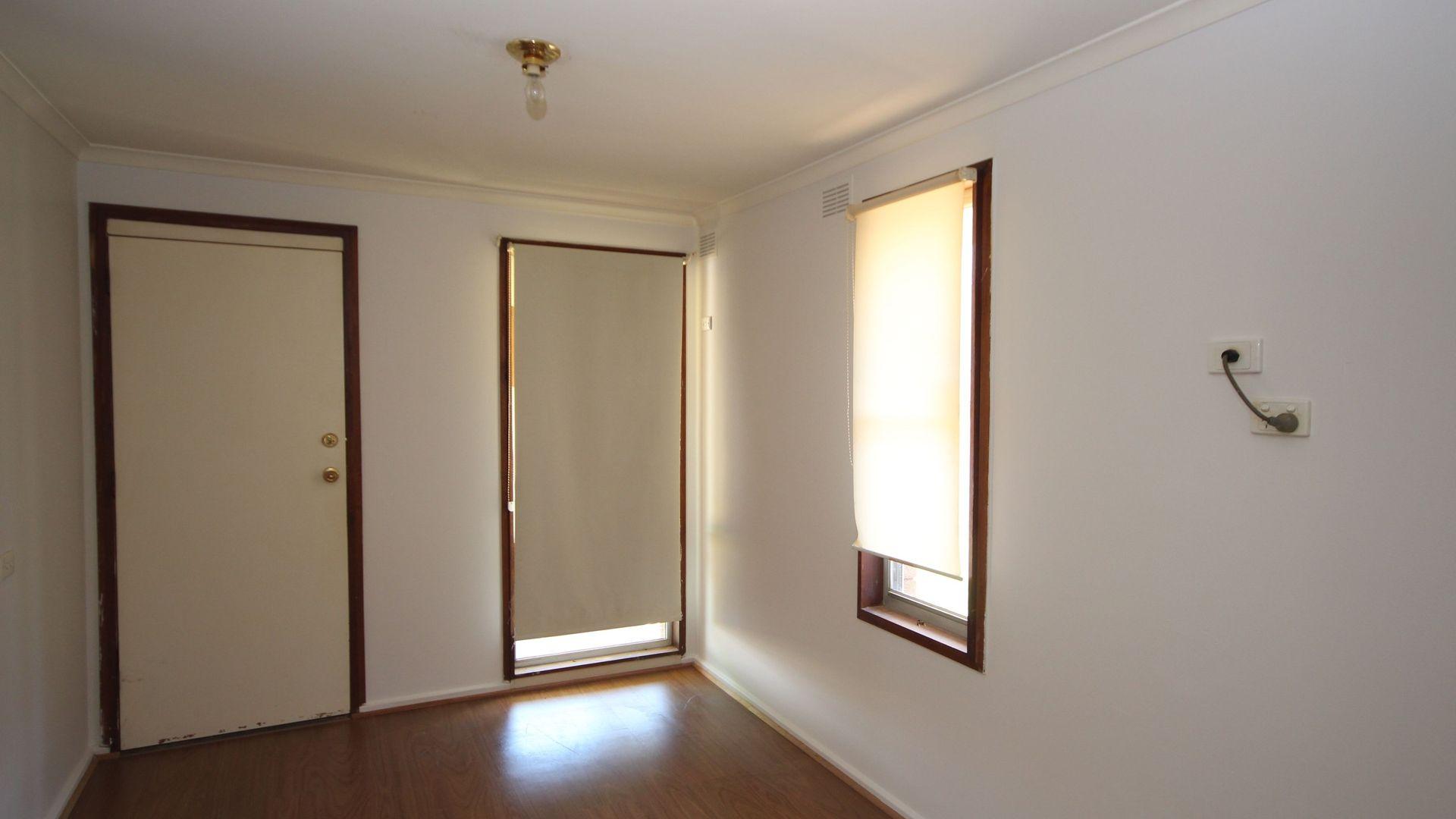 38 Marshall Street, Ashmont NSW 2650, Image 2