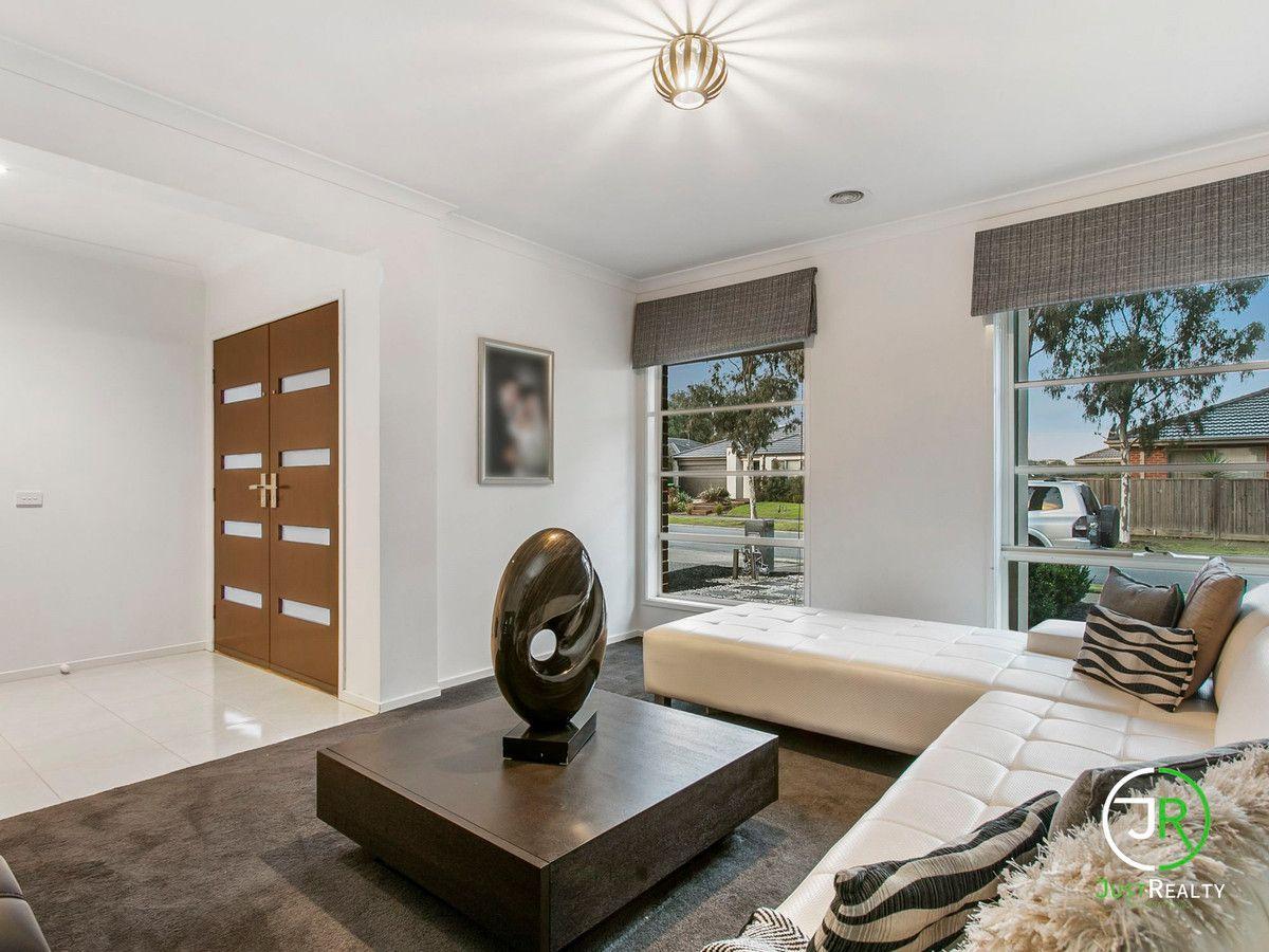 3 Stanford Street, Cranbourne West VIC 3977, Image 0