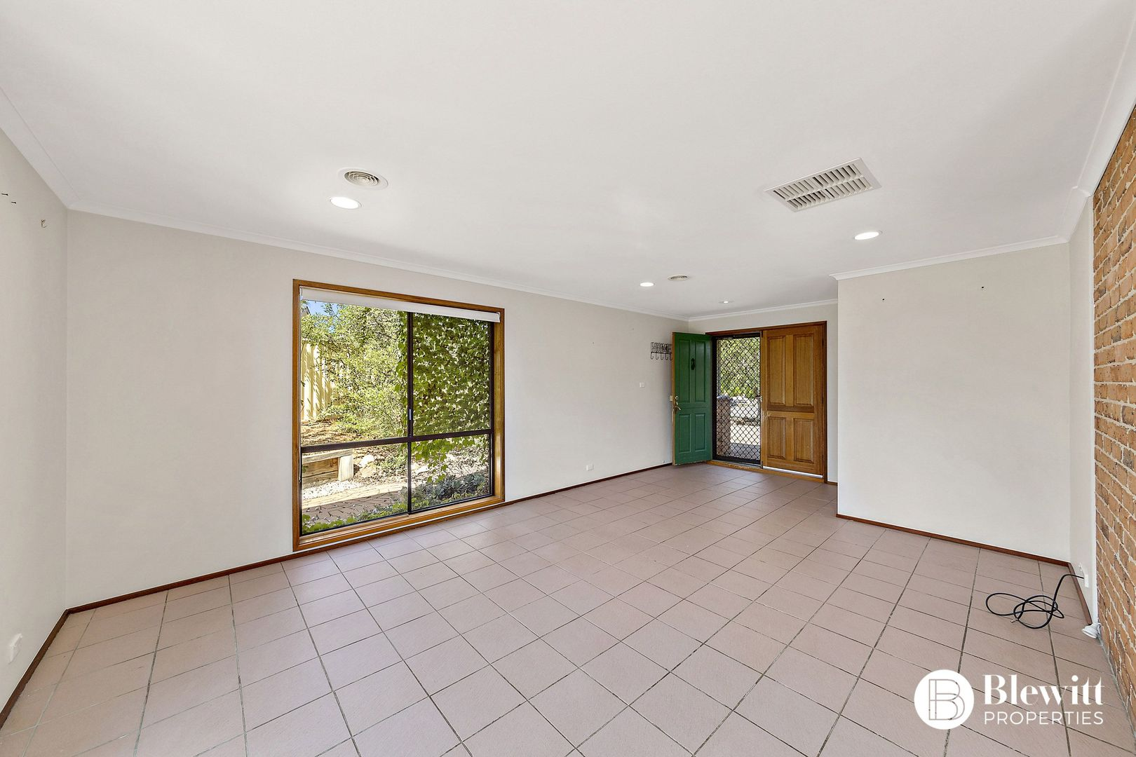 7 Hain Place, Gilmore ACT 2905, Image 1