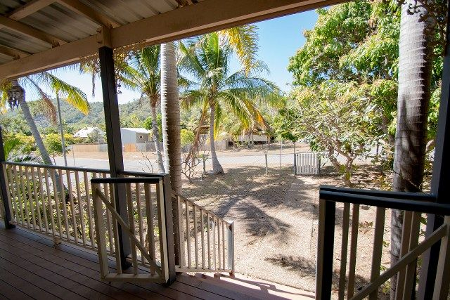 27 Somerset Street, Horseshoe Bay QLD 4819, Image 1