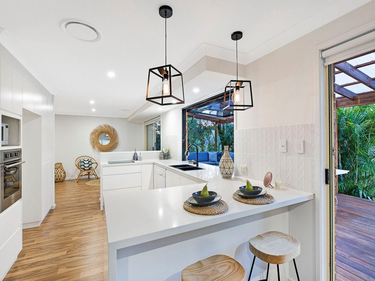 7 Avon Close, Terrigal NSW 2260, Image 2