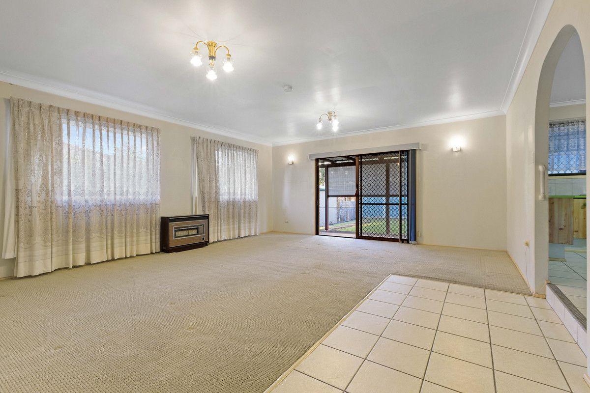 26 Birkdale Road, Birkdale QLD 4159, Image 2