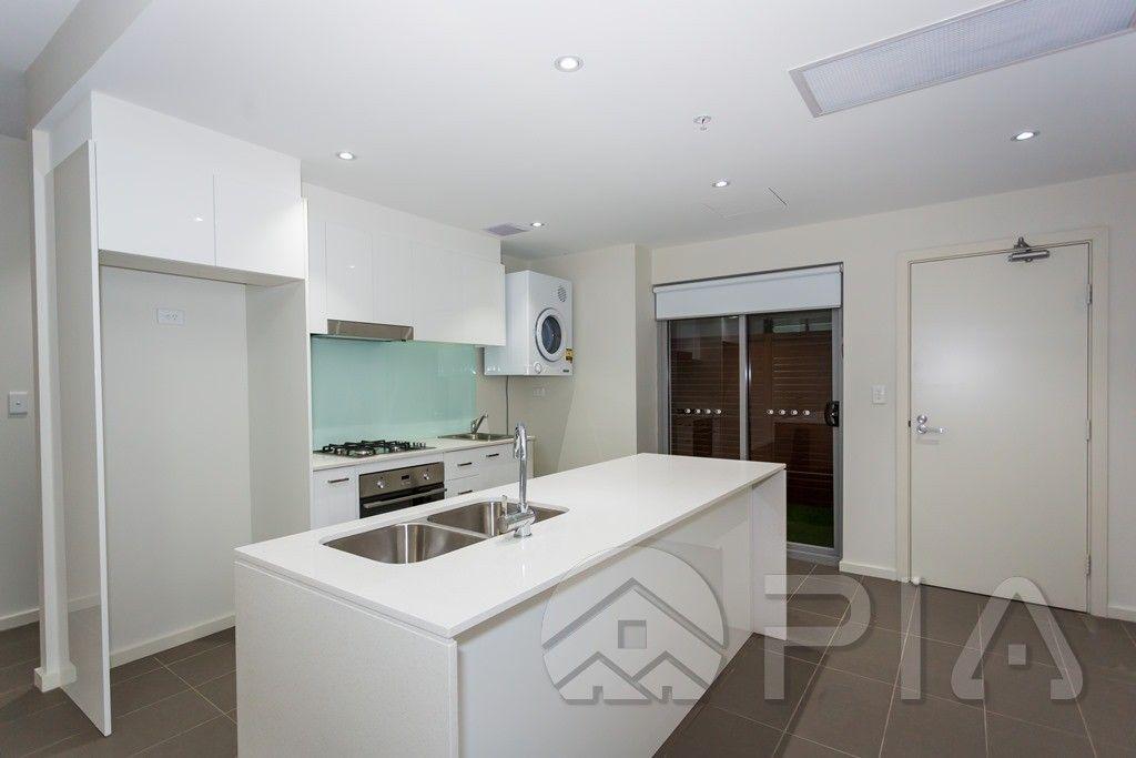 304/36 Cowper St, Parramatta NSW 2150, Image 2