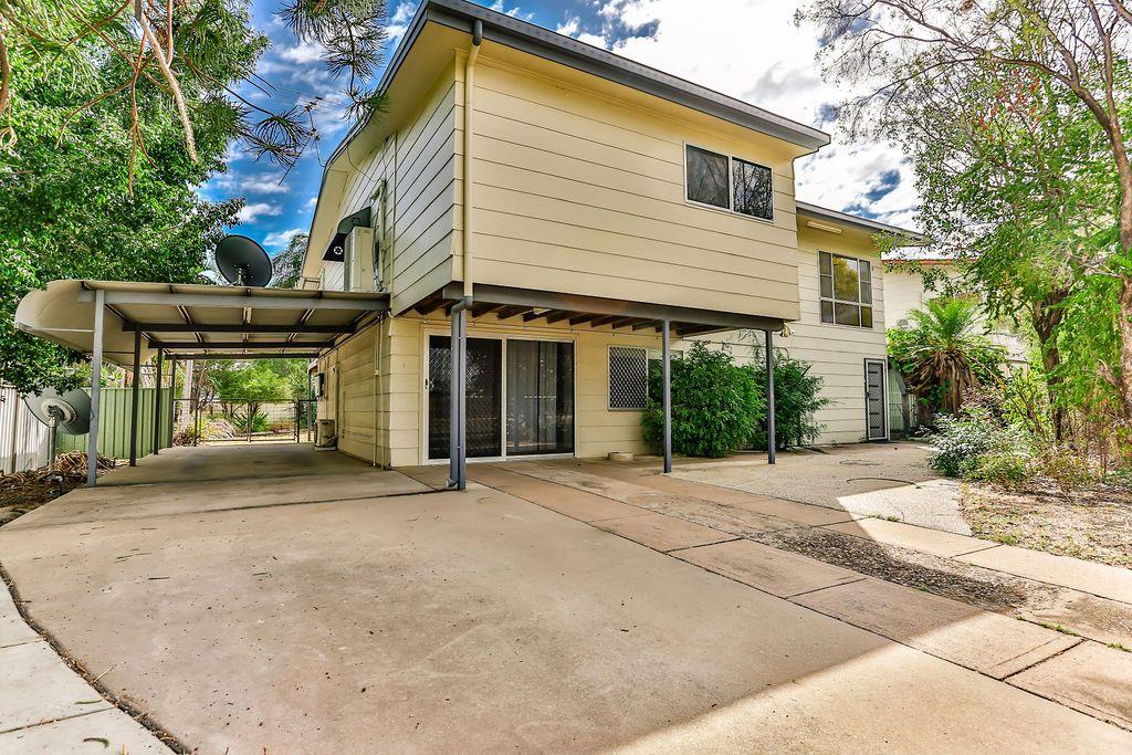 27 Egan Street, Emerald QLD 4720, Image 0