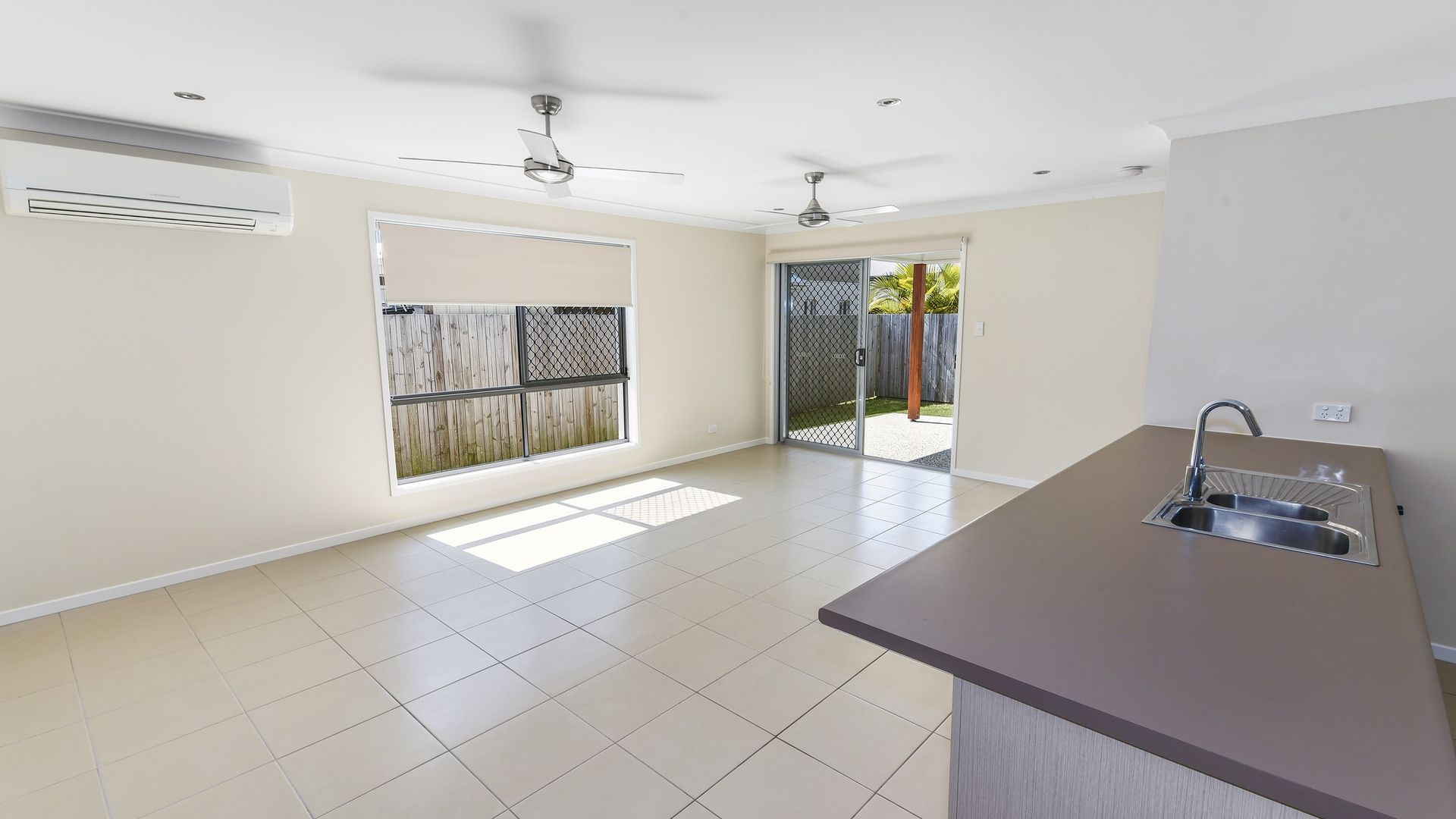 10 Sea Hawk Drive, Birtinya QLD 4575, Image 2