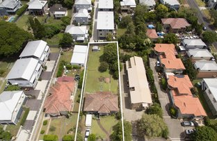 Picture of 86 Plimsoll Street, Greenslopes QLD 4120