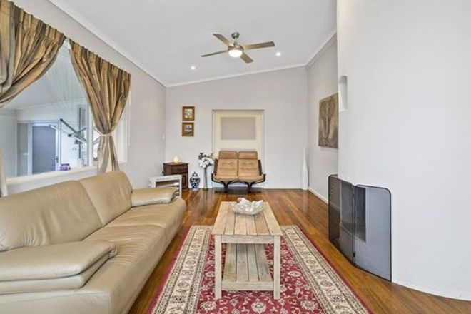 Picture of 42a Geoffrey Road, CHITTAWAY POINT NSW 2261