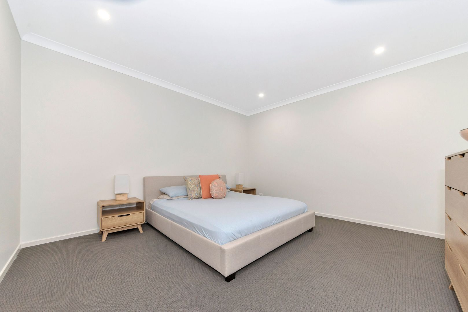 2/361 Flinders Street, Townsville City QLD 4810, Image 2
